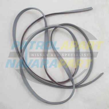 Nissan Navara D22 D40 Aftermarket SILVER Flare Seal Rubber Mould 2m
