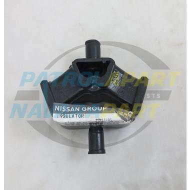 Genuine Nissan Navara D22 YD25 4WD Gearbox Mount