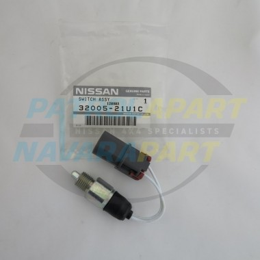 Genuine Nissan Navara D22 MNT YD25 Reverse Switch