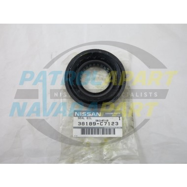 Genuine Nissan Navara D22 Early Rear Diff Pinion Seal