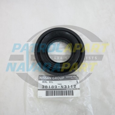 Genuine Nissan Navara D22 Late Rear Diff Pinion Seal