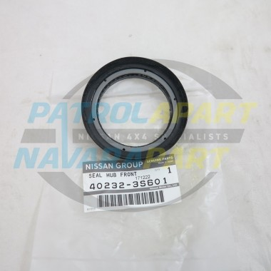 Genuine Nissan Navara D22 2WD Front Wheel Bearing Hub Seal
