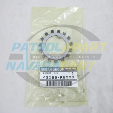 Genuine Nissan Navara D22 Rear Axle Outer Spikey Lock Tab