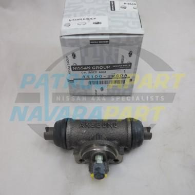 Genuine Nissan Navara D22 4WD AKEBONO Rear Wheel Cylinder