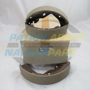 Genuine Nissan Navara D23 NP300 M9T YS23 QR25DE Rear Brake Shoes