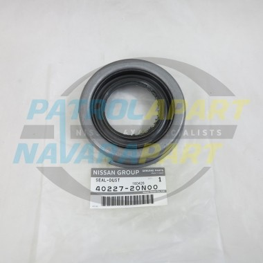 Genuine Nissan Navara D22 4WD Front Knuckle Spindle Housing Seal
