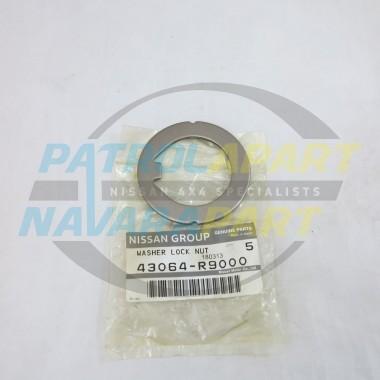 Genuine Nissan Navara D22 Rear Axle Inner Lock Tab Plate
